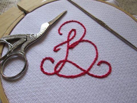 Aqui ensino com bordar o ponto correntinha usando agulha de crochê. Facebook:https://www.facebook.com/Artes-em-L%C3%A3s-e-Linhas-510006429023128/?ref=hl