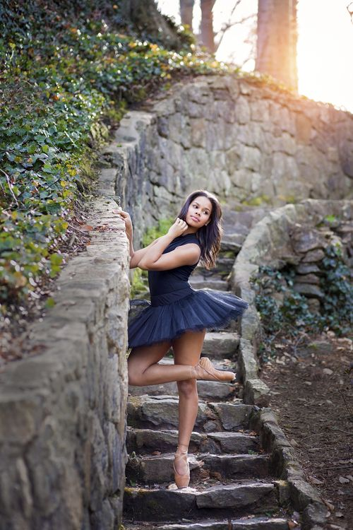 south carolina dance photography | South Carolina Governor's School for the Arts | SCGSAH | Greenville photographer | pointe | ballet | modern dance | senior portrait ideas for girls and guys | pickens photographer | senior portrait ideas for girls