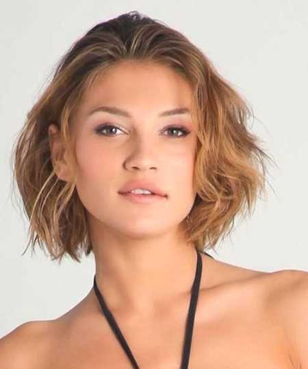 step cut hairstyle for short curly hair - http://www.gohairstyles.net/step-cut-hairstyle-for-short-curly-hair-6/