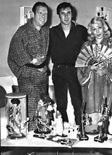 ROBERT FULLER AND HIS PARENTS SUPER FUN 8X10 PHOTO 272