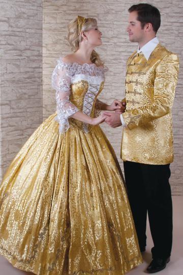arany színű selyembrokátból készült magyaros menyasszonyi ruha, óarany paszománnyal díszítve.