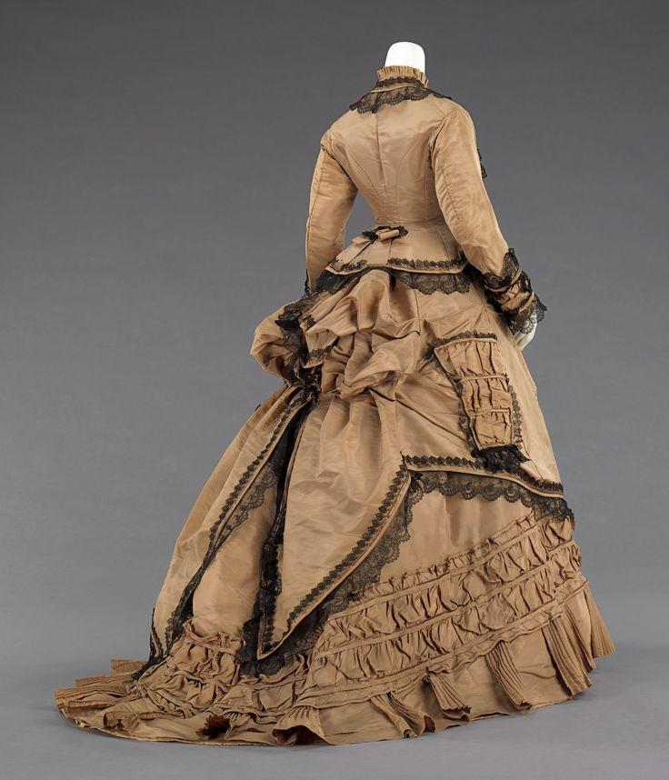die besten 25 historische kleidung ideen auf pinterest werstern kleider f r damen 1800er. Black Bedroom Furniture Sets. Home Design Ideas