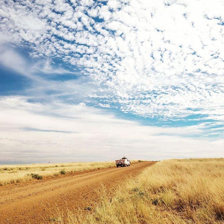 Adventure begins on the dirt.  #gushagoeswalkabout #pilbara #westernaustralia #exploreaustralia #wanderaustralia #canonaustralia #itsamazingoutthere #cruising_Australia