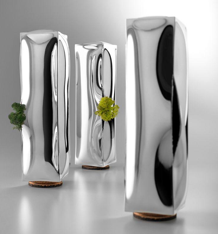 4p1b: 273 frozen water vases for de vecchi - soooo amazing!