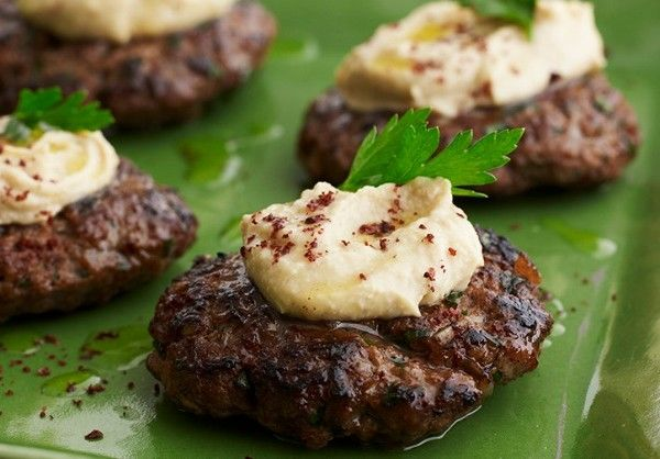 KTZITZOT test from Cooking with Joy: Mini Burgers, Burgers Recipe, Minis Dog Qu, Burger Recipes, Israeli Minis, Minis Burgers, Kosher Recipe