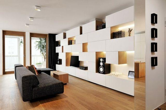salon moderne avec meuble télé blanc modulaire niches de rangement
