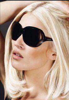 the hair...: Blondes Hair, Hair Colors, Platinum Hair, Platinum Blondes, Blondes Bobs, Ray Ban, Kate Spade, White Blondes, Kate Moss
