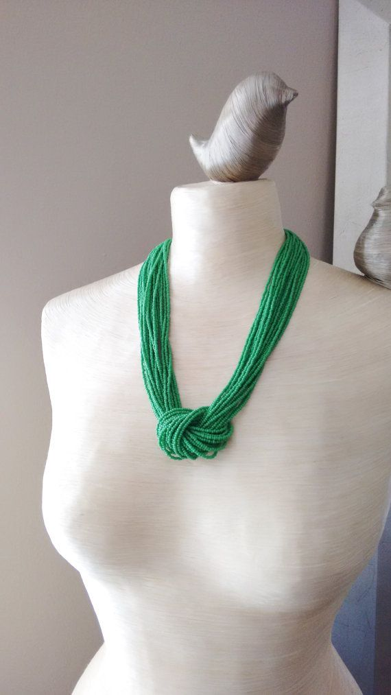 Kelly Green Halskette Halskette Samen von StephanieMartinCo auf Etsy