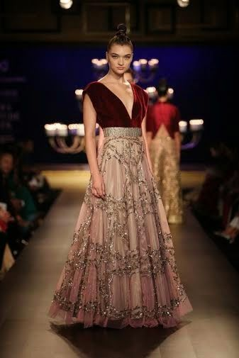 Littleblackbookofstyle: Manish Malhotra At India Couture Week 2014