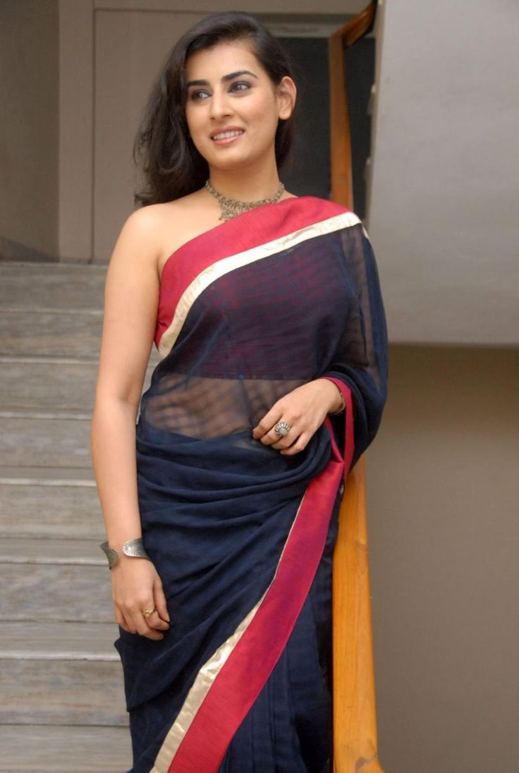 Veda Telugu Actress New Without Blouse Backless Saree
