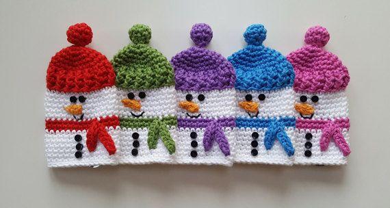 crochet snowman keycosy by Avondale Handmade on etsy