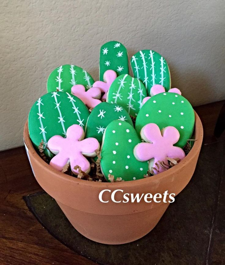 Cactus cookies | Cookie Connection