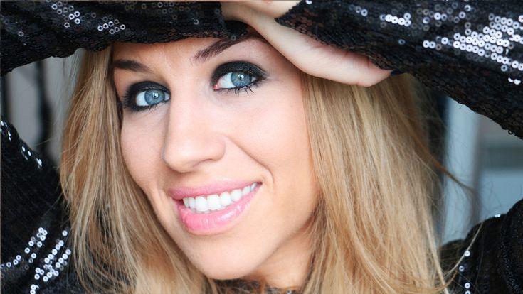 Interview d'Emmy MakeUp Pro...Chroniqueuse Beauté, Maquilleuse Professionnelle et Youtubeuse Influente