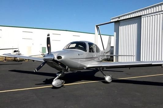 2011 Cirrus SR20 G3 for sale in (KAPF) Naples, FL USA => www.AirplaneMart.com/aircraft-for-sale/Single-Engine-Piston/2011-Cirrus-SR20-G3/13871/