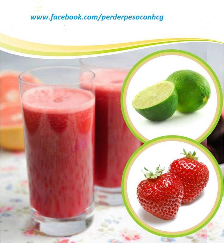 JUGO PARA ADELGAZAR Ingredientes: • 100 gramos de fresas maduras. • El jugo de 1 limón. • El jugo de 2 toronjas. • 1 cucharada de miel (opcional). Preparación: Limpiar y licuar las fresas, luego agregar el limón, la toronja y la miel, licúe una vez más. Al servir mezclar bien. Tomarlo a temperatura ambiente, de preferencia en ayunas.