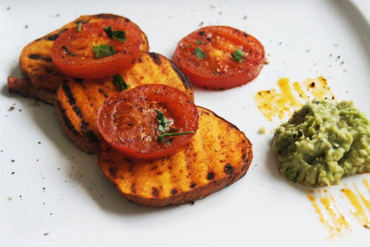 Süßkartoffel gegrillt mit Avocado - Dip - Vegan einfach