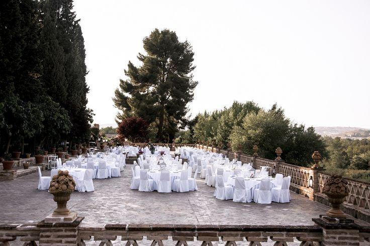Todo listo para una romántica boda al aire ibre en Toledo @click_10