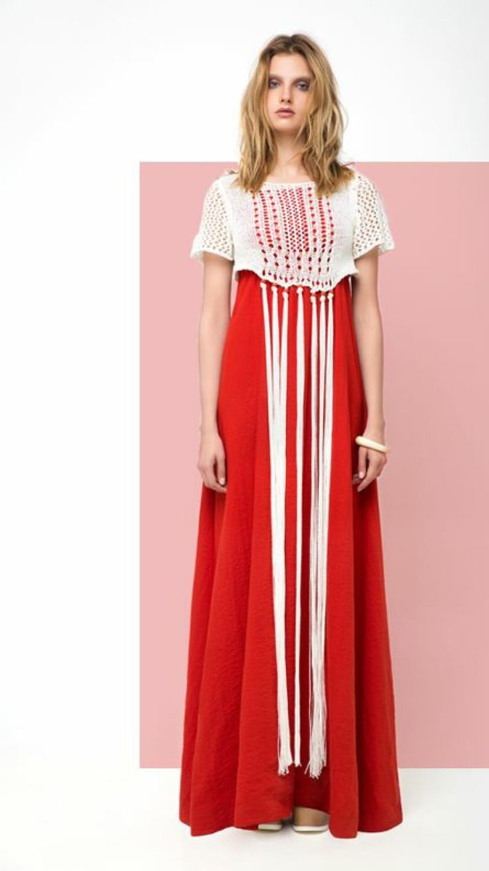 Boho red!http://www.revolves.gr/shop/zoya-φόρεμα-μακρύ-κεραμιδί-5188/