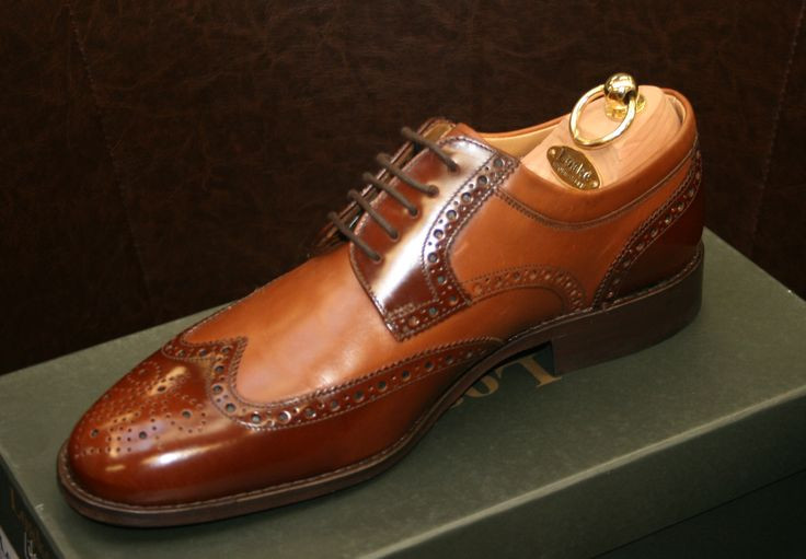 Another classic Loake shoe, suitable for a variety of tastes.  Why not treat yourself today?  http://www.robinsonsshoes.com/loake-pangbourne.html