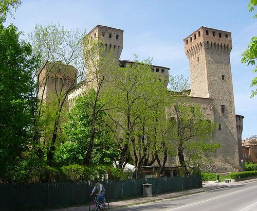 Rocca di Vignola  #TuscanyAgriturismoGiratola