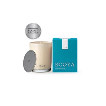 Ecoya Candle – Sea Grass and Waterlily. 400gm soy wax candle in madison jar  Cool transparent aqua blended with delightful fragrant water lilies and night blooming jasmine, on a white musk base.