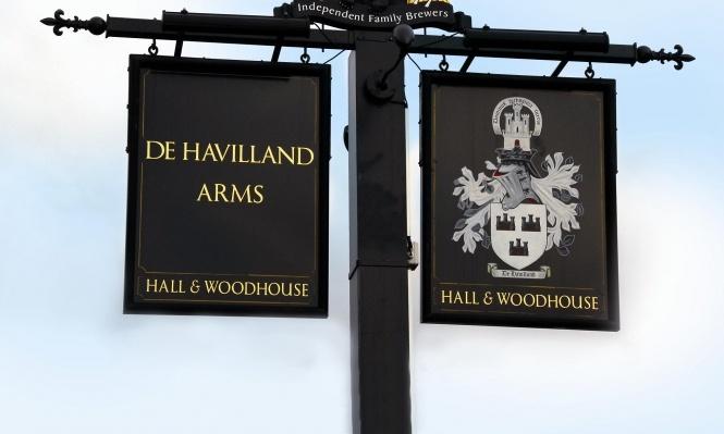 Our Meeting Venue: De Havilland Arms Pub Restaurant in Elvetham Heath, Fleet, Hampshire    http://dehavillandarms.co.uk/