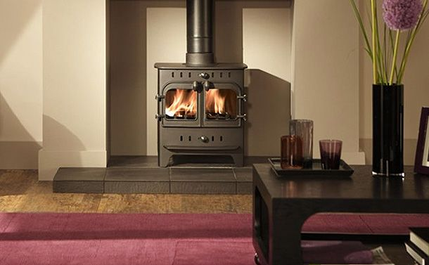Loving the clean contemporary lines of this fireplace set back
