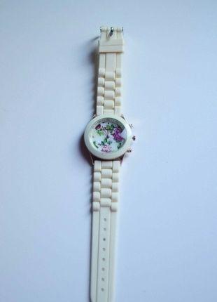 Kup mój przedmiot na #vintedpl http://www.vinted.pl/akcesoria/bizuteria/11385769-zegarek-kwiaty-geneva
