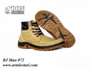 Toko Jual Sepatu Boot Pria Online  Kontak Kami: Holine / SMS : 081315979176 BBM : 224A1F27