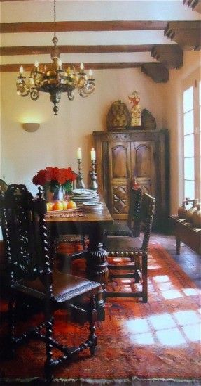 Mexican decor.  wow, love this look too.  I would have thought medieval, not mexican... I love the details on the chairs. To me, they look like they belong in a castle...