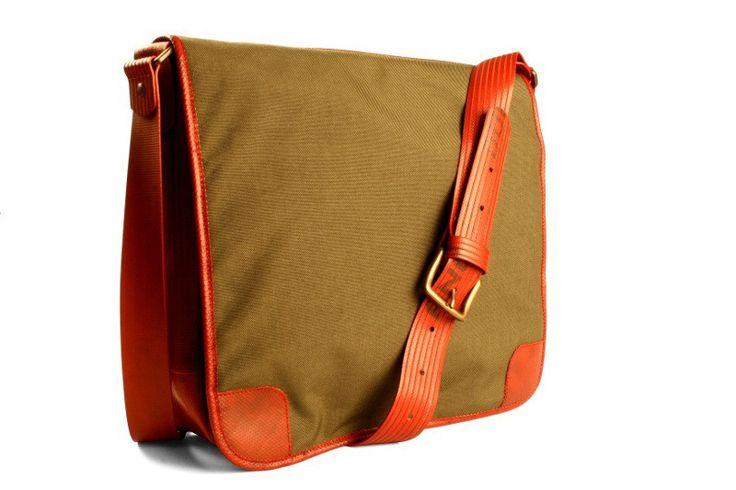 Elvis & Kresse Military Messenger bag