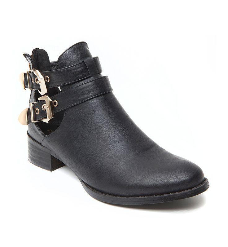 Abkle boots 39.99Ε