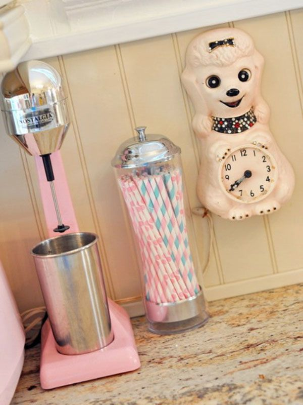 crosshoakley frogskins rootbeer ulu3  Pink Vintage Kitchen with Retro Details