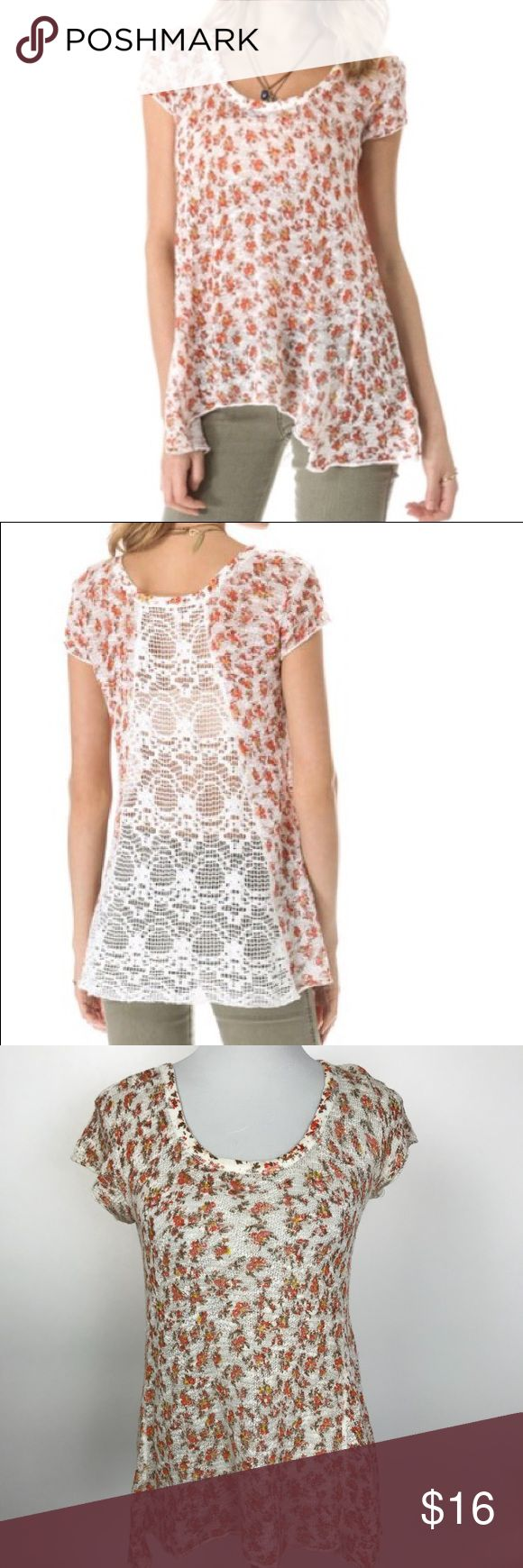 """Free People Crochet Short Sleeve Top Tunic Floral Free People Crochet Short Sleeve Top Tunic Floral Small   Approximate measurements, laying flat:  Pit to pit: 16"""" Length: 26.5"""" Free People Tops Tunics"""