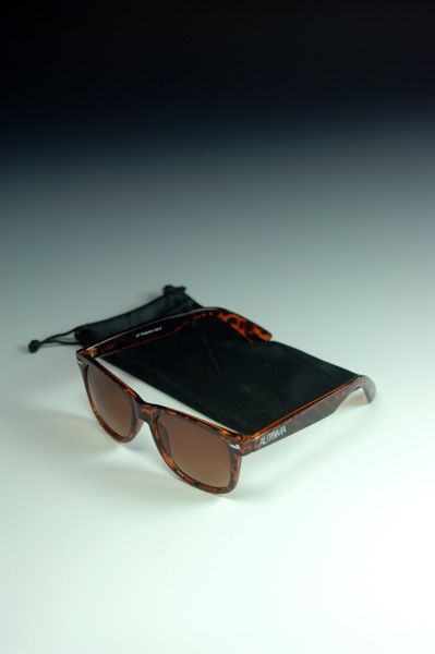 #sunnies #sunglasses #fashion #accessories #shopping #style #cool #inspiration #trend Automa - look e style
