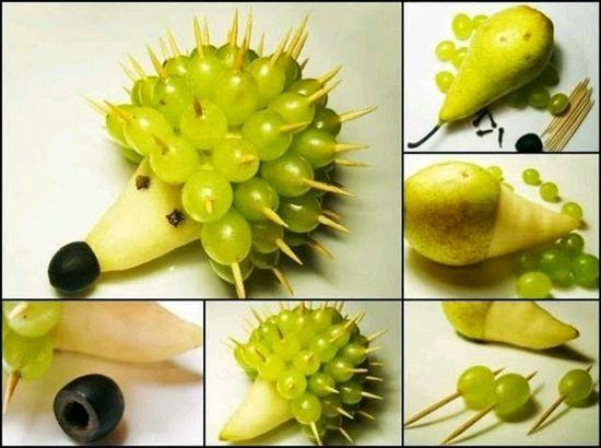 Pera uvas verdes y moradas Para una ensalada creativa