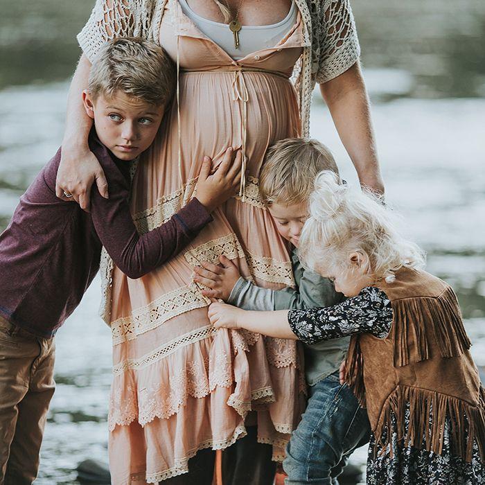 Rustic bohemian family maternity photos