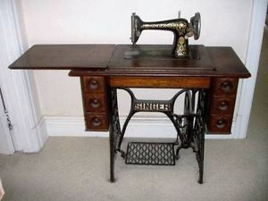 1910 treadle singer sewing machine 66 1 seven drawer for Arts and crafts sewing machine