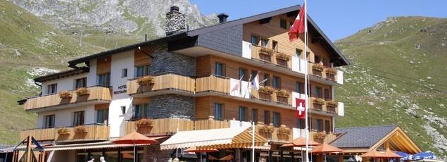 Hotel Alpina auf der Fiescheralp, mitten im Skigebiet Aletsch! - Hotel Alpina