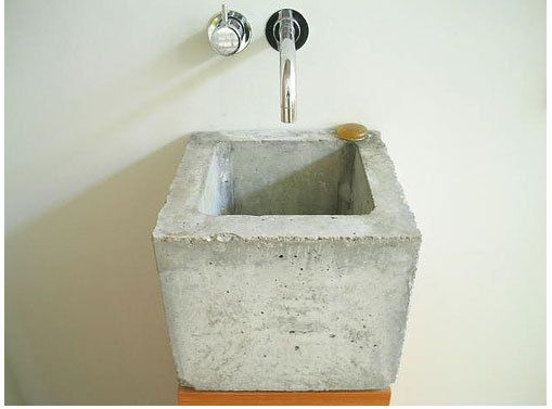 tiny concrete sink by Heike Muehlhaus