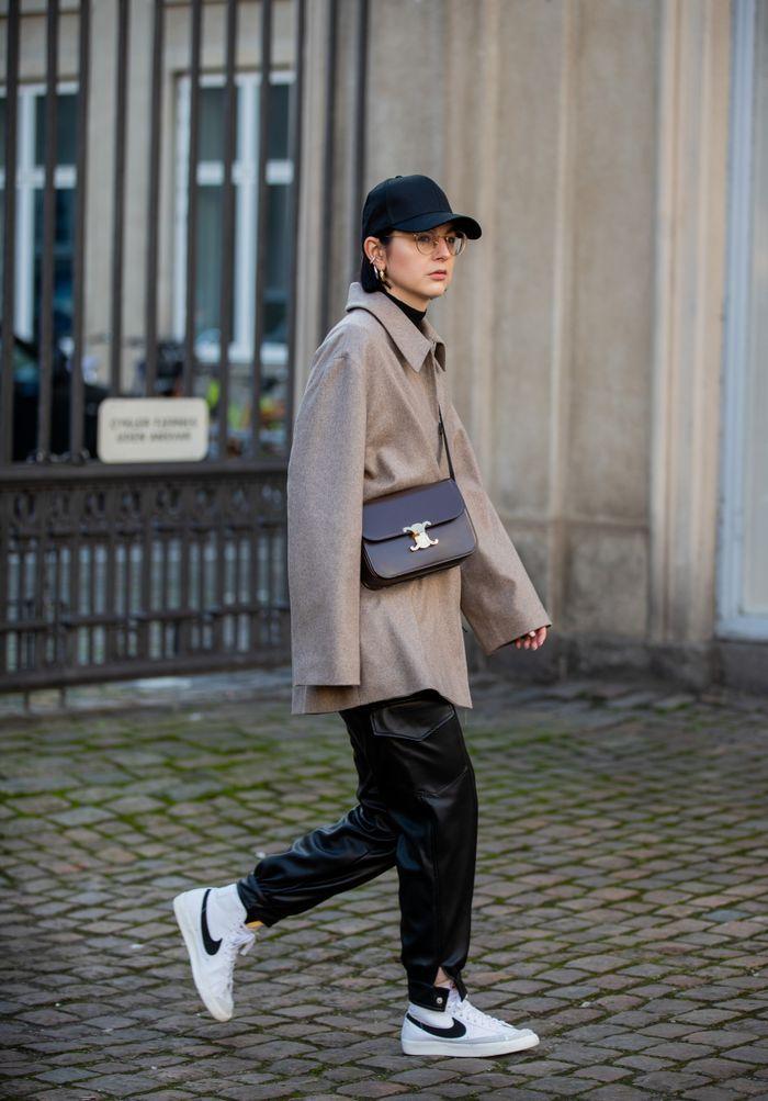 How To Wear Nike Blazers : blazers, Fashion, Girls, Wearing, Comeback, Sneakers, Blazers, Outfit,, Street, Fashion,, Blazer
