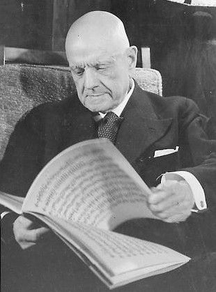 Jean Sibelius (1865 – 1957) was a Finnish composer of the late Romantic period. 7 symphonies.