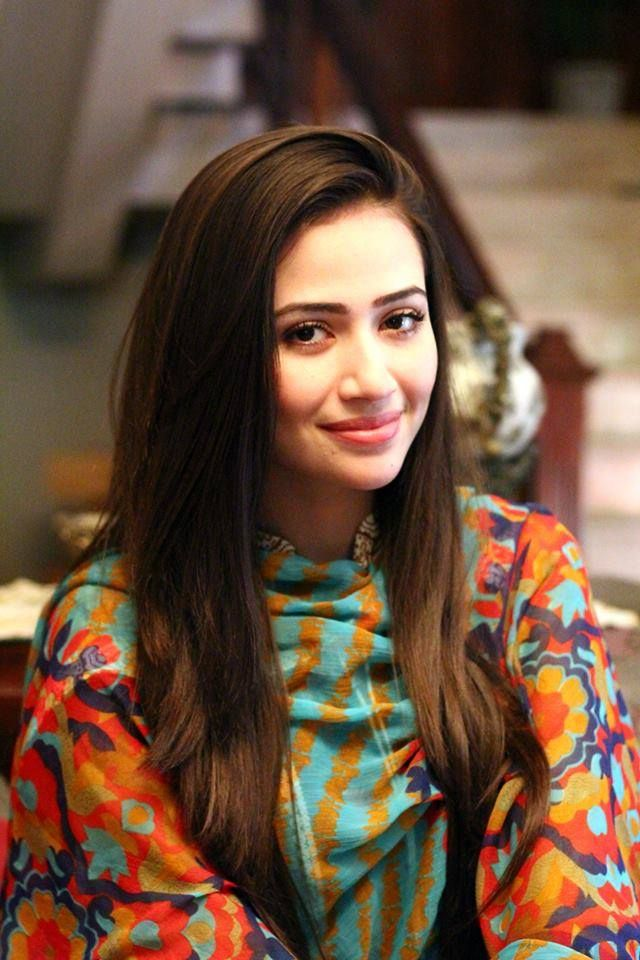 Sana Javed On Location of Upcoming Drama Serial 'Paiwand'