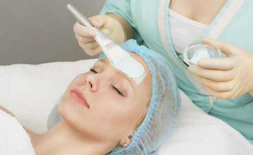 Chemical Peel – Cost, Benefits and Side Effects