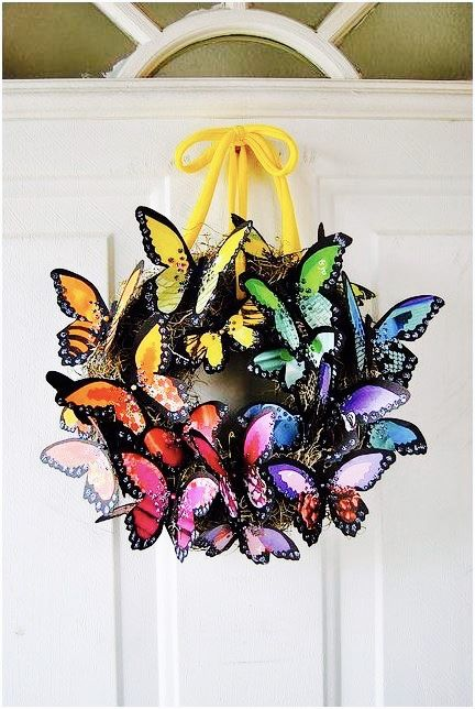 #AnotherCleverIdea for a #wreath using butterflies and a wreath...courtesy of Vintage Belle Broken China Jewelry.