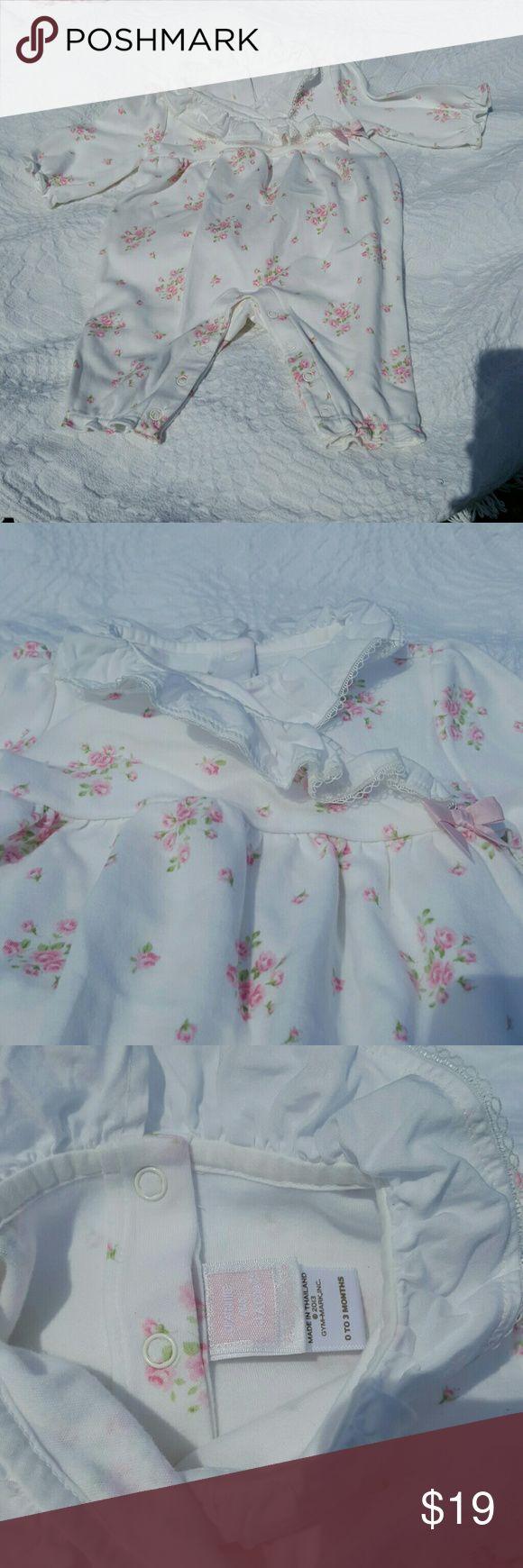 Janie and Jack One piece 0-3 months Like new Janie and Jack One piece 0-3 months, washed but never worn. Janie and Jack One Pieces Bodysuits