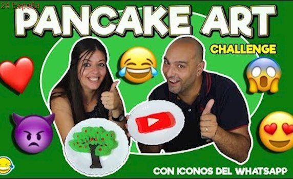 PANCAKE ART CHALLENGE!!! Pancakes RETO!!!Con Iconos del Whatsapp