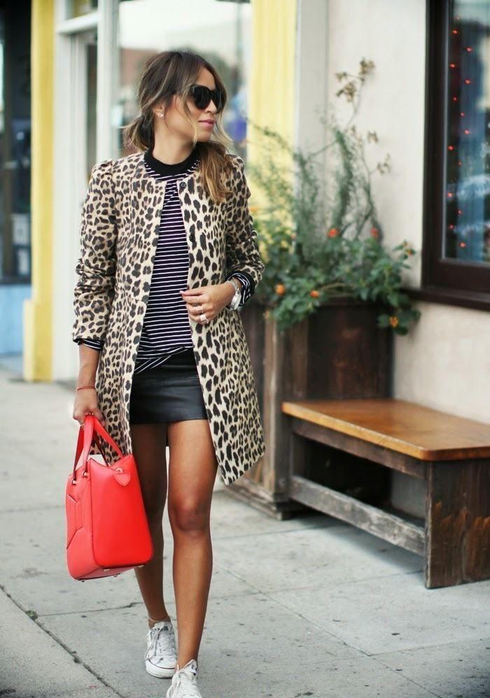 sportlich-elegantes outfit mit flachen sneakers-Ma…