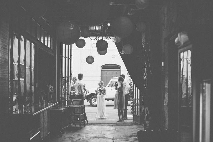 071-Candid-fremantle-wedding-photos