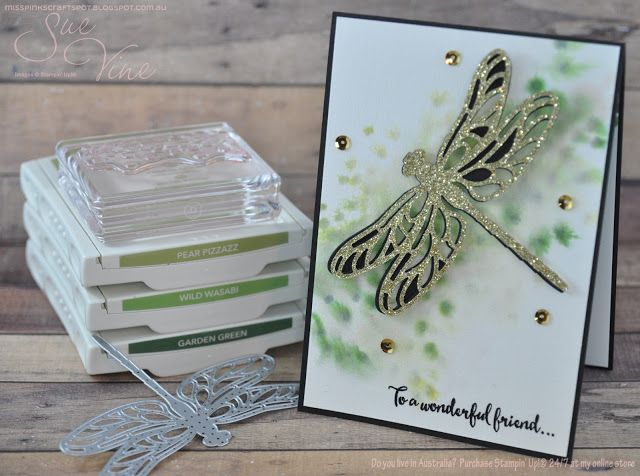 Miss Pinks Craft Spot: Dragonfly Dreams with a spritz
